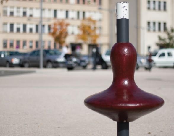 Système de mobilier urbain ergonomique léger et adaptable aux transformations de la ville, création du collectif A4 Designers.