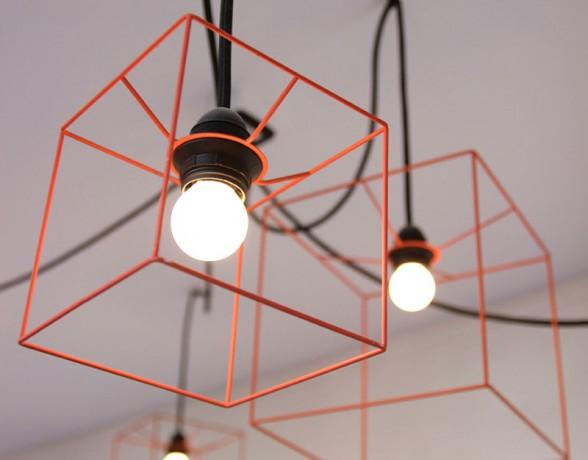 Luminaires réalisés par A4 designers pour le théâtre Mansart à Dijon.