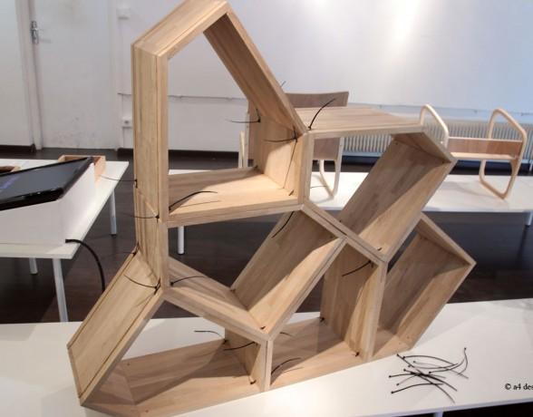 Verso est un élément de mobilier en bois modulable imaginé par Delphine Merle du collectif A4 Designers