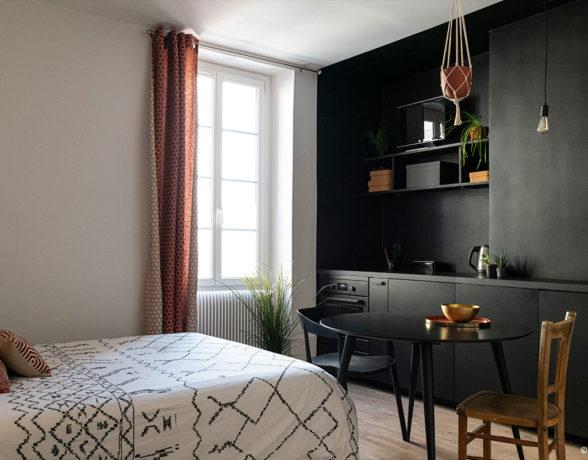 Rénovation, aménagement et décoration d'un studio par a4designers à Dijon.